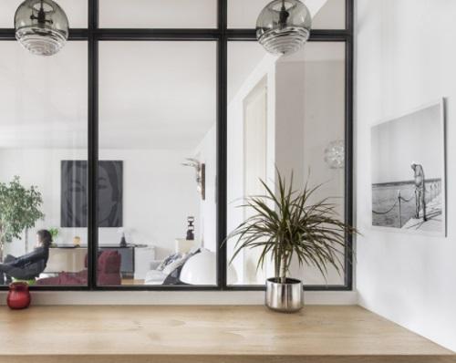 Une verrière atelier pour séparer un bureau ou un espace de travail