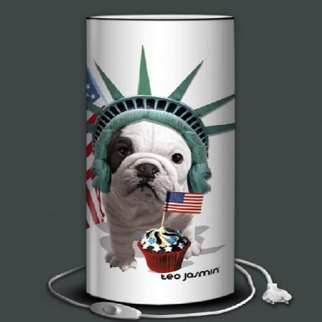 TEO JASMIN A NEW YORK lampe de sol 80 cm à poser imprimée bulldog
