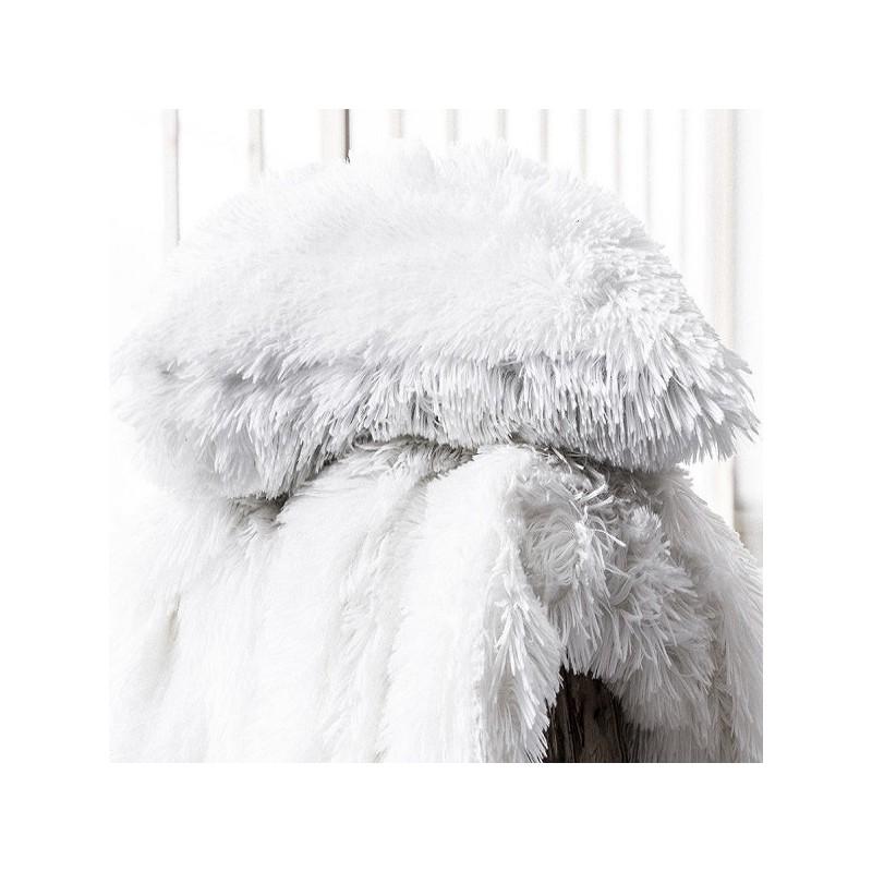 oslo coussin blanc uni fausse fourrure 30x40 cm. Black Bedroom Furniture Sets. Home Design Ideas