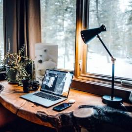 SERVOZ - Lampe de Bureau 40 cm - Déco Montagne Ours