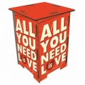 YOU NEED LOVE -Tabouret en Medium Rouge